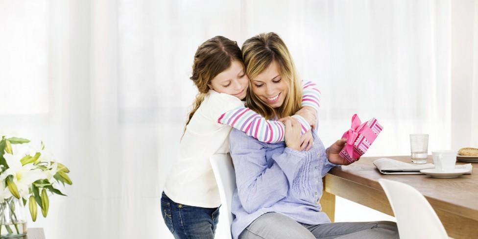¿Qué regalar en el Día de la Madre?   Colchón de cuna BabyKeeper