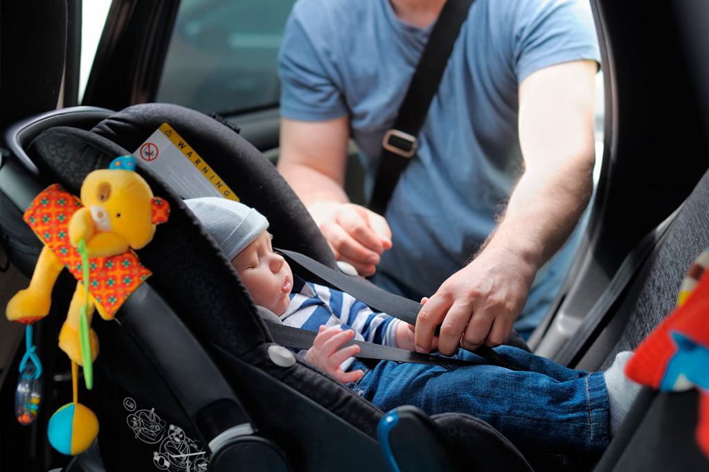 Tipos de sillas infantiles para coche para niños y bebés