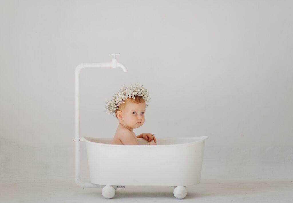bañar bebé verano