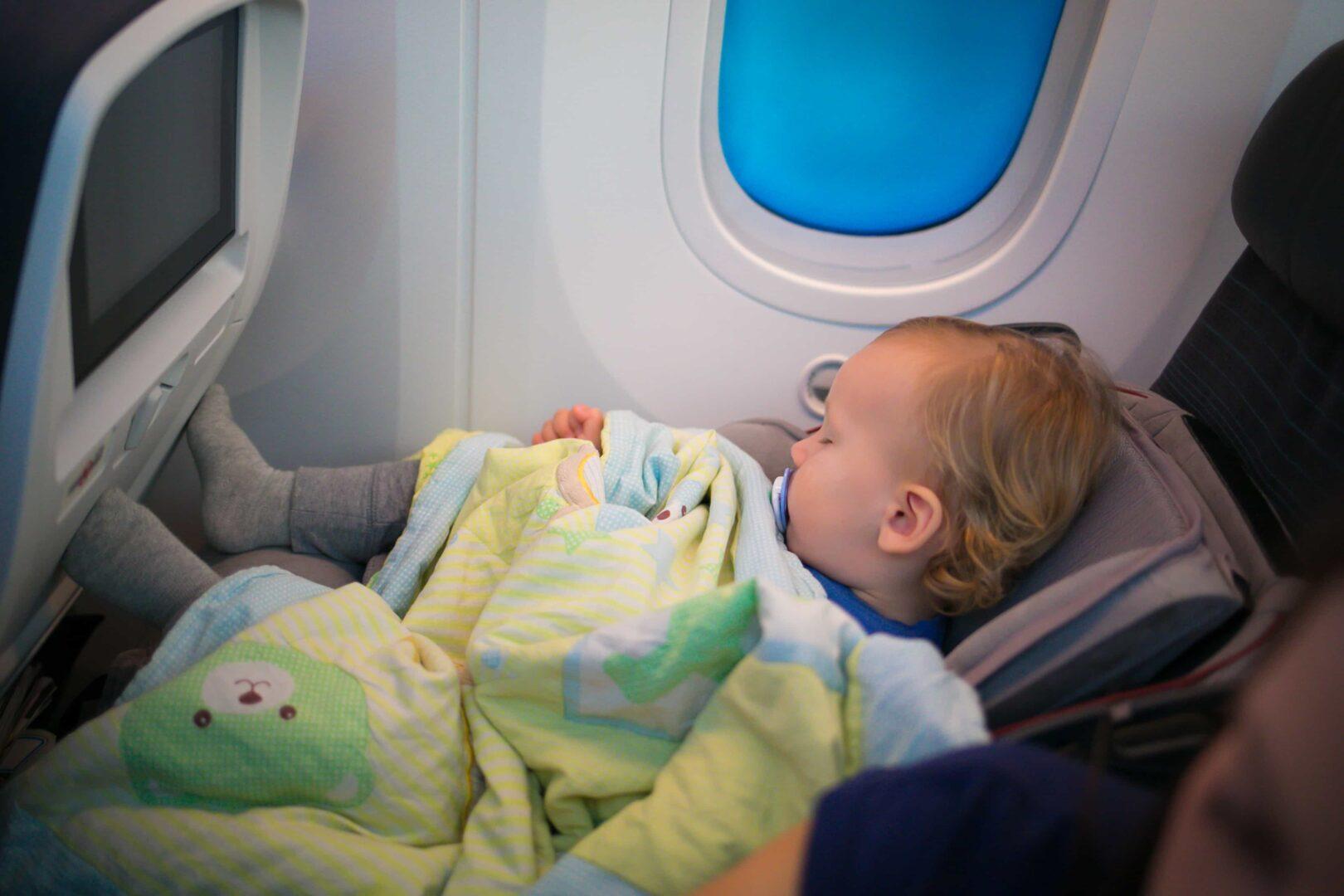 Cómo organizar unas vacaciones perfectas con tu bebé